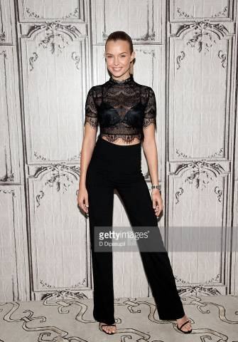 Supermodel-and-Victoria-Secret-Angel-Josephine-Skriver-wearing-CRISTALLINI-tuxedo-trousers-at-the-AOL-Build-Speaker-Series-in-New-York-2-335x480