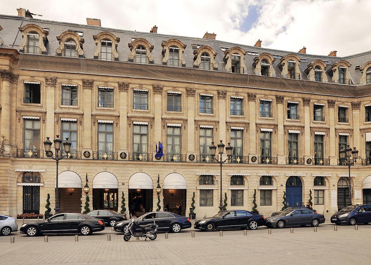1200px-Hôtel_de_Crozat