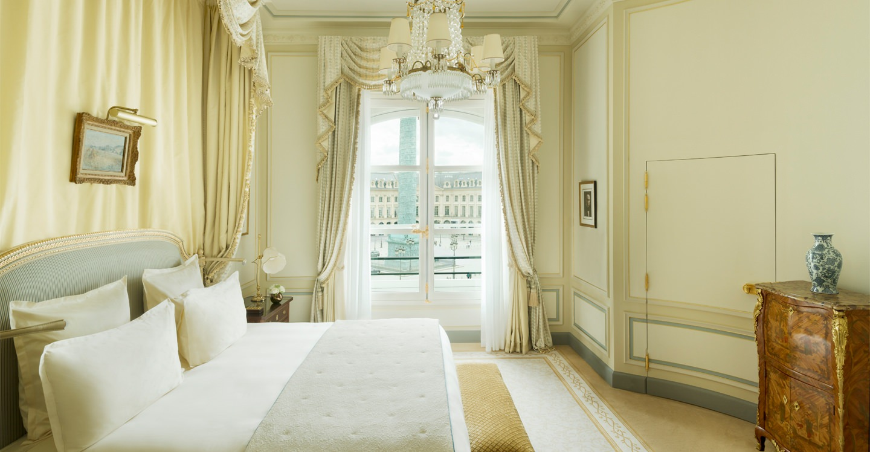 ritz-paris-hotel-suite-charlie-chaplin-3_0